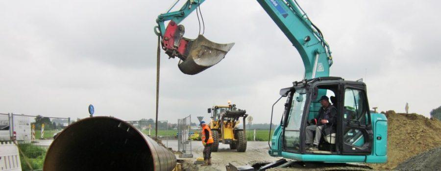 Bagger im Rohrleitungsbau in Pocking