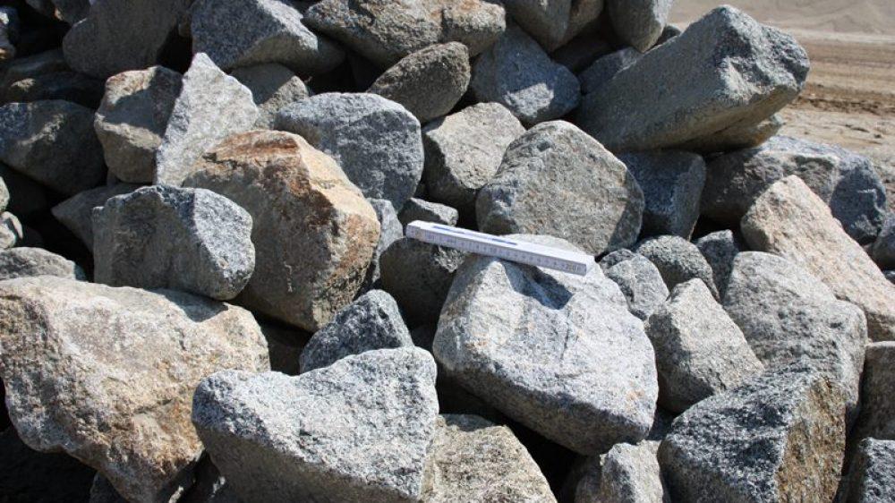 1601_Mauersteine Granit 10-60 kg grau_7360