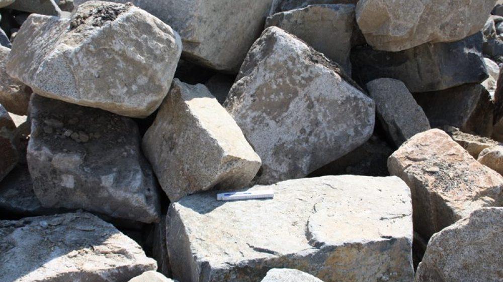 1702_Mauersteine Granit 30-1000 kg braun_7350